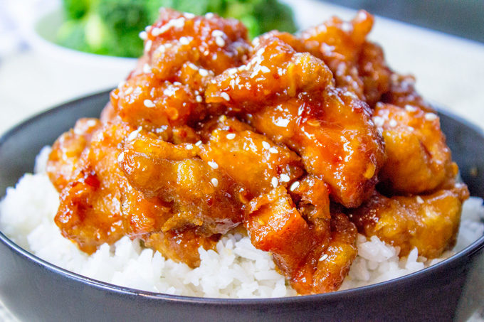 CHEF`S SPECIAL: GENERAL TSAO`S CHICKEN