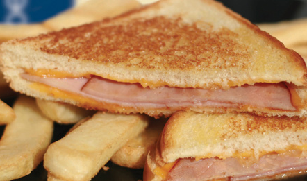 GRILLED CHEESE OR HAM & CHEESE SANDWICH